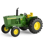 John Deere 1:16 scale 3020 Utility Tractor Toy - 45471