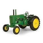 John Deere 1:16 Prestige Collection Model G  Tractor - 45199