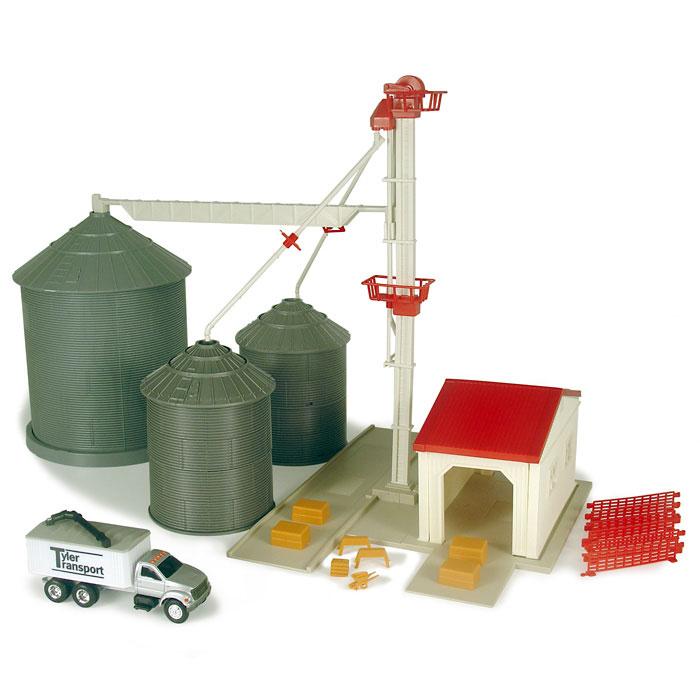 John Deere Toy Grain Feed    Elevator Playset