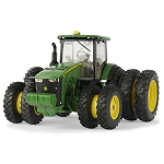 John Deere 1:32 scale 8400R Toy Tractor with Triples - LP64767