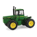 John Deere 1:32-scale 8650 National Farm Toy Show Collector Edition Tractor - LP66139
