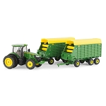 John Deere 1:64 scale 7290R Tractor with Forage Wagons - 45684
