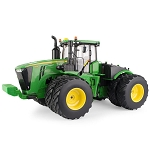 John Deere 1:16 scale Prestige Collection 9620R Replica Tractor - 45699