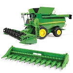 John Deere 1:16 scale Big Farm S690 Combine - 47101
