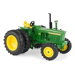 John Deere 1:32 scale 4020 Tractor with Duals and FWD - 45681