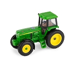 John Deere 1:64 scale 4960 Tractor with FFA Logo - 45758