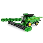 John Deere 1:64 scale Prestige Collection X9 1100 Combine with Heads - 45735