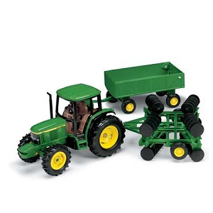 John Deere 1:32 Tractor with Barge Wagon and Disk - 15489