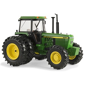 John Deere 1:16 scale Prestige Collection 4255 Replica Tractor with Duals - LP64436