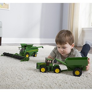 John Deere 1:32 scale Toy Harvesting Set - LP66117